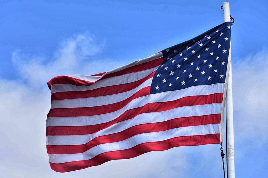 flag light